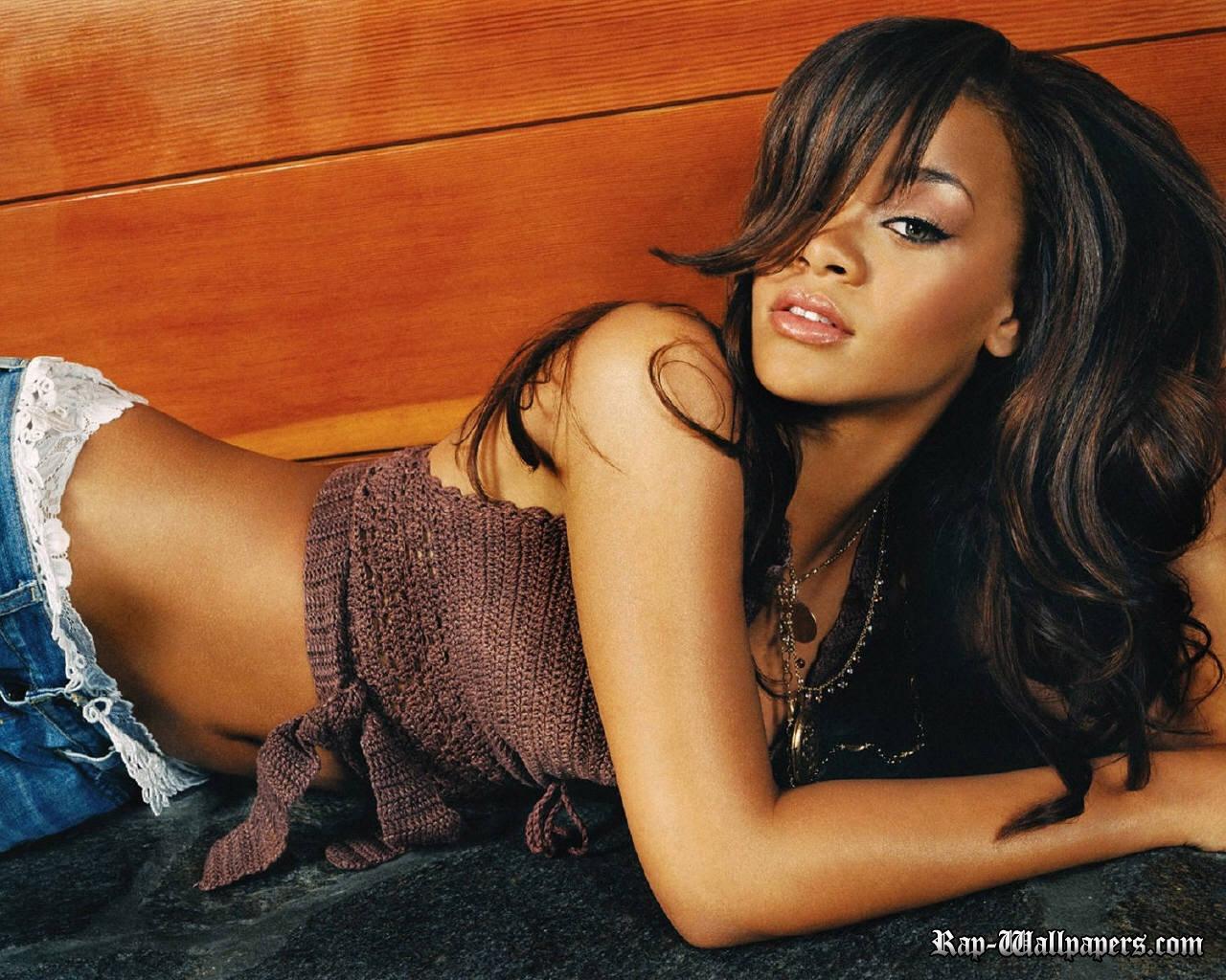Rihanna qualty wallpaper