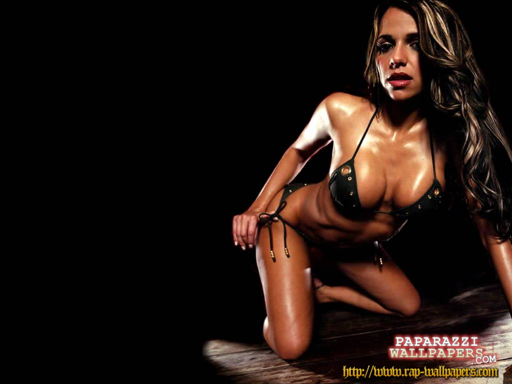 http://www.rap-wallpapers.com/data/media/73/vida_guerra_wallpapers_005.jpg