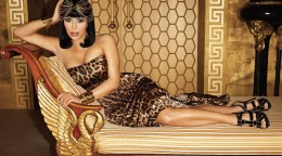 Kim-Kardashian-background-Wallpaper-15.jpg