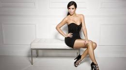 Kim-Kardashian-background-Wallpaper-5.jpg