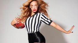 beyonce-wallpapers-10-football.jpg